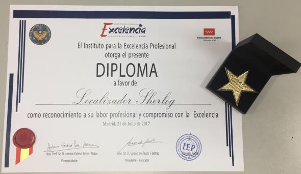Estrella de Oro y Diploma